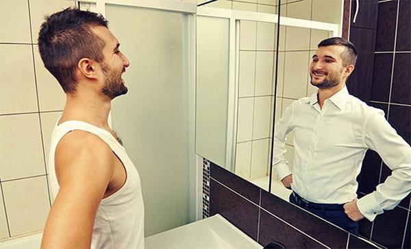 Мужчины всегда довольны своей внешностью